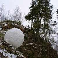 « Boule de neige dans une carrière », 2006, Beaumont, N.-B.