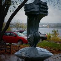 « La naissance de Vénus », 2009, granite, Galerie d'art Beaverbrook, Fredericton, N.-B.